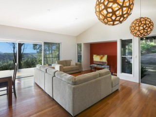 View profile: THE WOW FACTOR