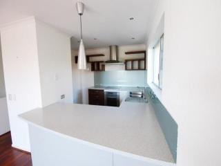View profile: Noosa Heads FULLY FURNISHED Unit Close to Everything!