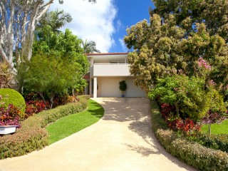 View profile: Perfect Position In The Heart Of Sunshine Beach