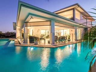 View profile: Luxury Living and Entertainer's Delight