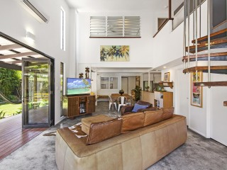 View profile: Stunning Noosa Retreat, Seconds to The River