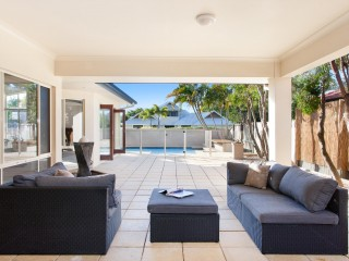 View profile: Spacious 'Noosa Waters' Home