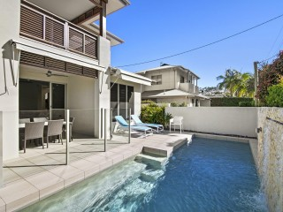 View profile: QUALITY & SIZE, WALKING DISTANCE TO THE RIVER