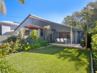 View profile: Central Sunshine Beach Location - Lock Up & Leave