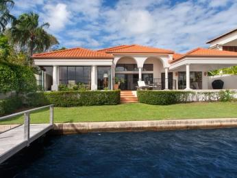 View profile: EFFORTLESS WATERFRONT LIVING