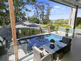 View profile: Renovated Home Overlooking The Noosa River