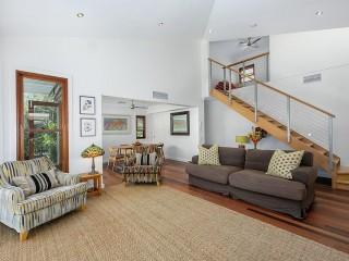 View profile: Quality Duplex Villa - Walk to River & Shops