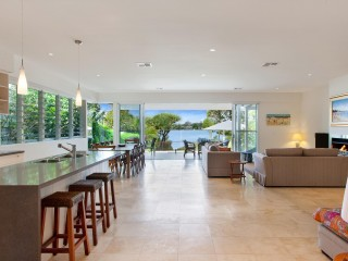 View profile: Unique Aspect Over The Noosa River