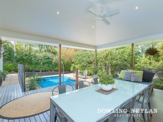 View profile: Substantial Living In Central Noosa