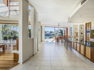 View profile: FLAWLESS NOOSA WATERS HOME