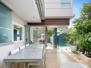 View profile: Modern Architect Home - walk to village and beach